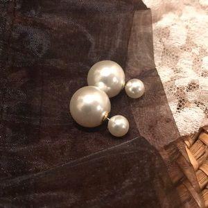 Double-sided Pearl Earrings